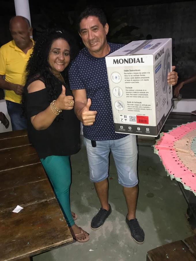 Empresária Rejania Souza  movimenta domingo com evento alusivo aos Pais