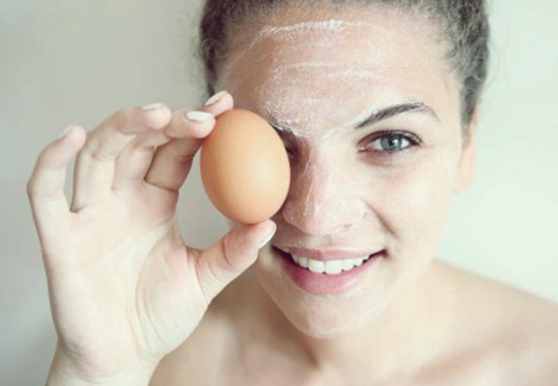 Yumurta beyazı ile natürel cilt bakımı