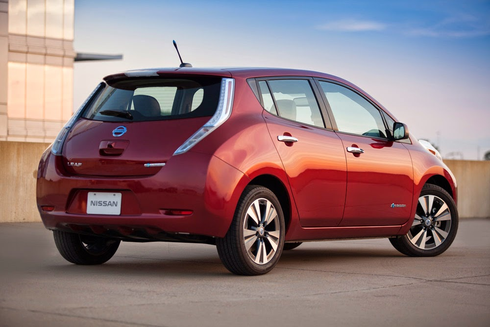 2014 Nissan Leaf rear shot