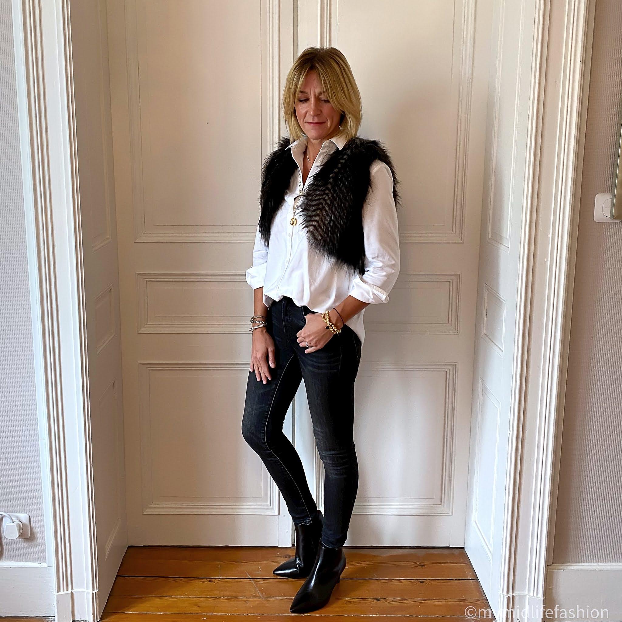 my midlife fashion, ashiana Perla chain necklace, ashiana black onyx coin bracelets, Helen Moore shrug, baukjen heather shirt, j crew 9 inch toothpick skinny jeans, sole bliss Brooklyn ankle boots