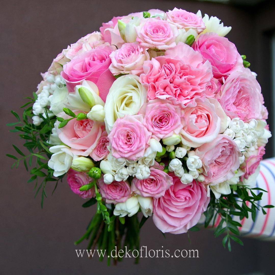 Różowy bukiet ślubny Panny Młodej - pudrowo różowe róże