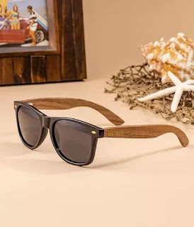 wood sunglasses with dark polarized lenses