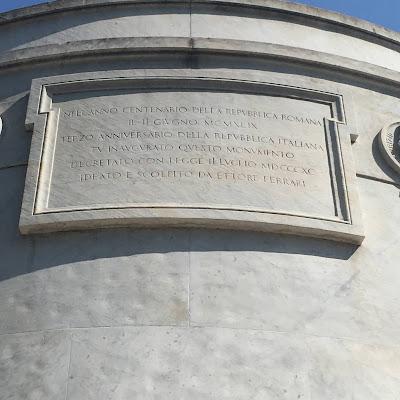 Monumento Mazzini Targa