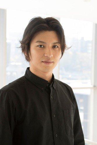 Atsushi Arai sebagai Sango Ishikawa