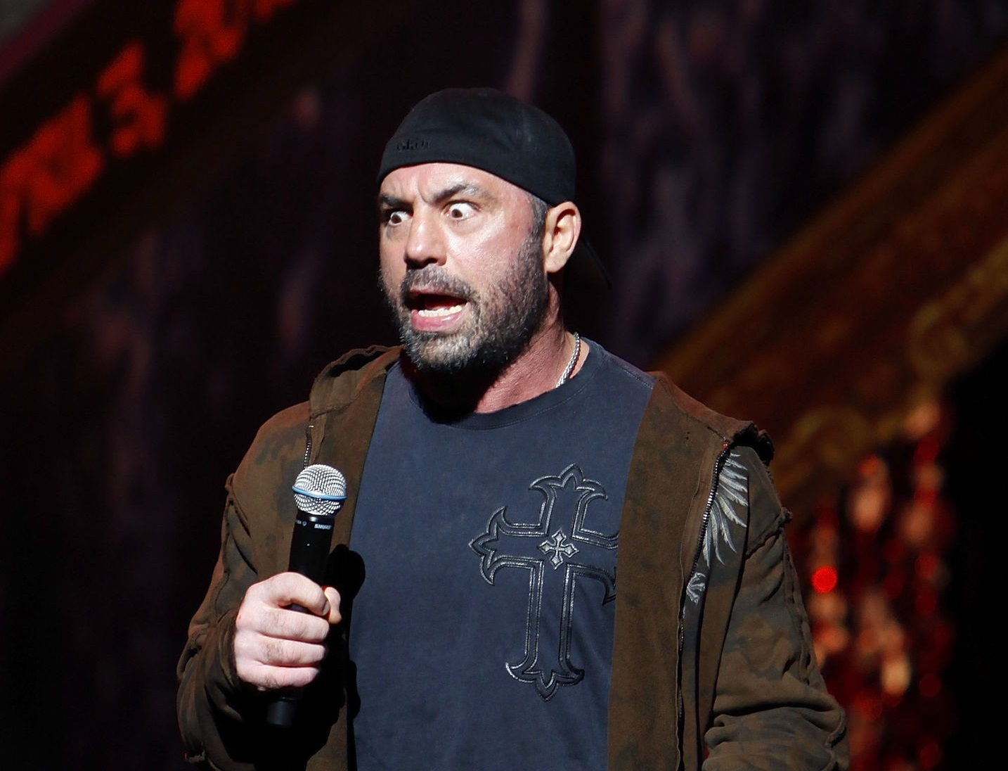 AI generated voice resembles the real voice of Joe Rogan