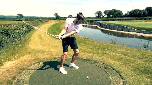 Bất lực với Gareth Bale, Real đành buông tay