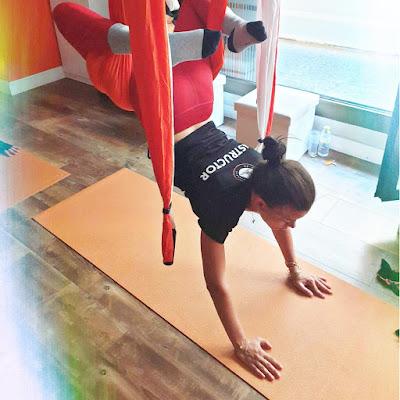 yoga, yoga aerien, yoga france, france, aix en provence, paris, cours, satge, retraite, stage yoga, formation yoga, sante, bienetre, teacher training, pilates, fitness, remise en forme