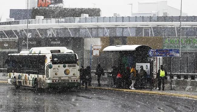 Ένταση των χιονοπτώσεων στην Αττική – Που αλλού θα χιονίσει