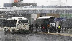 Για νέο και σφοδρότερο γύρο χιονοπτώσεων στην Αττική από το απόγευμα, μιλά και η ΕΜΥ στο έκτακτο δελτίο επίκινδυνων φαινομένων που εξέδωσε....