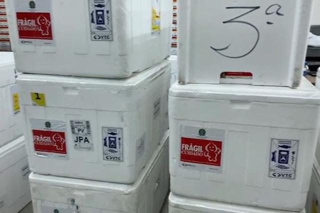 Quase 70 mil doses de vacinas contra Covid-19 chegam à Paraíba nesta segunda e quarta-feira