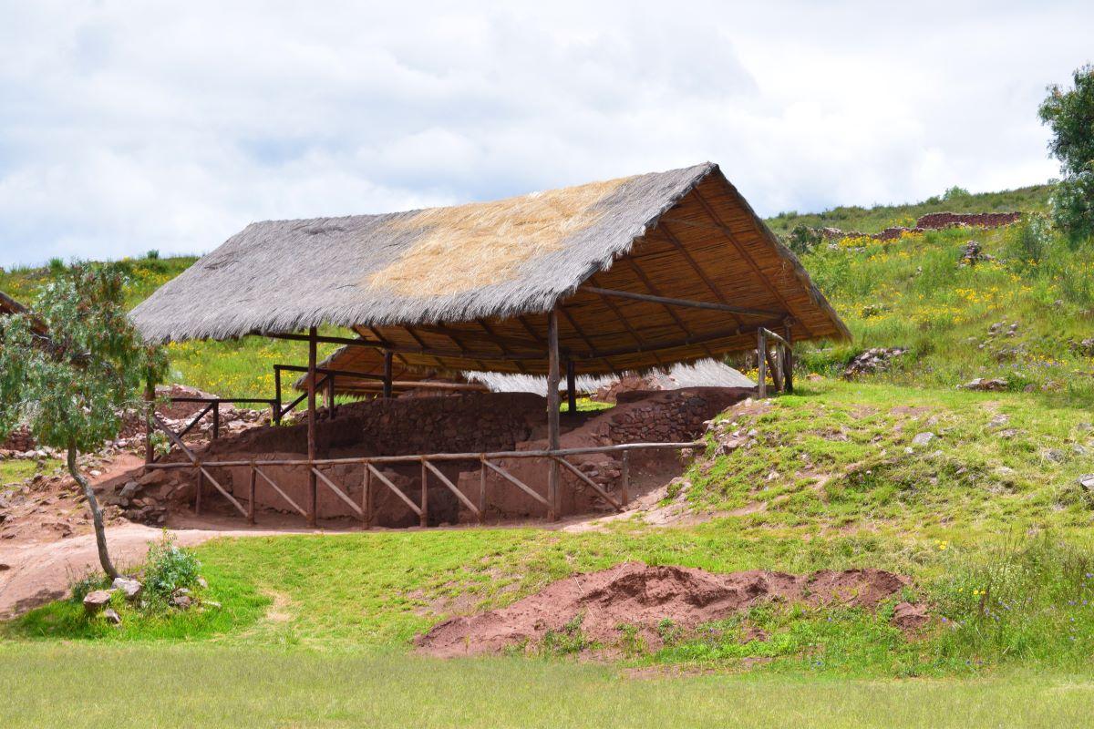 moradia da era inca em sitio arqueologico