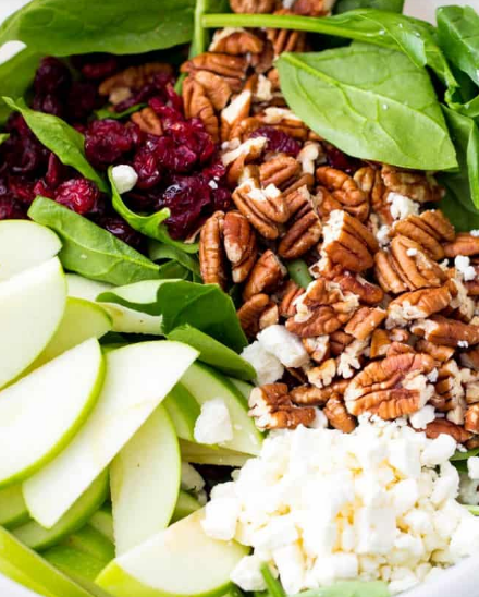 CRANBERRY APPLE PECAN SALAD WITH CREAMY POPPYSEED DRESSING #dinner #healthyrecipes #apple #salad #food