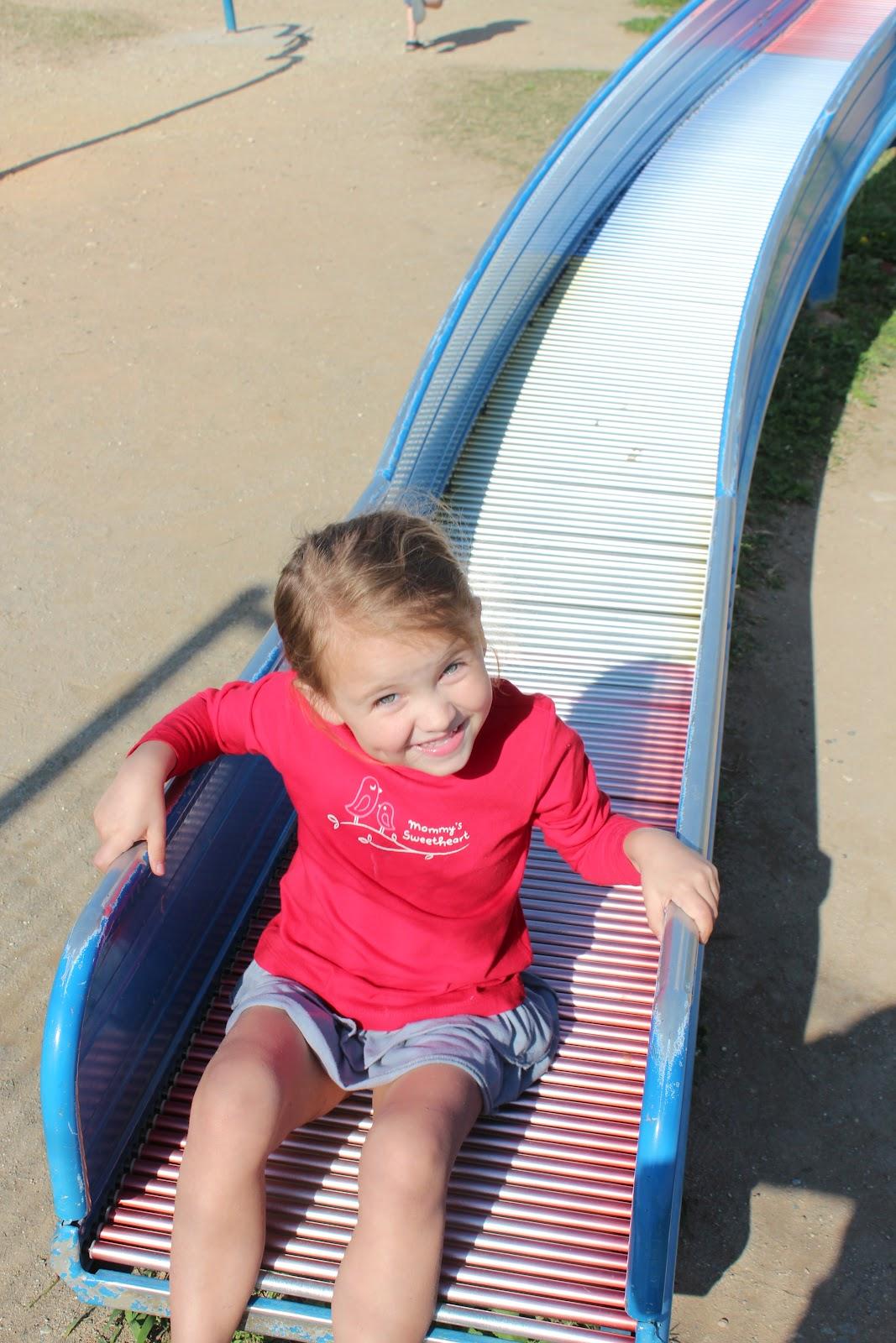 Enjoying Life With 4 Kids Sunabe Park Aka Dolphin Park