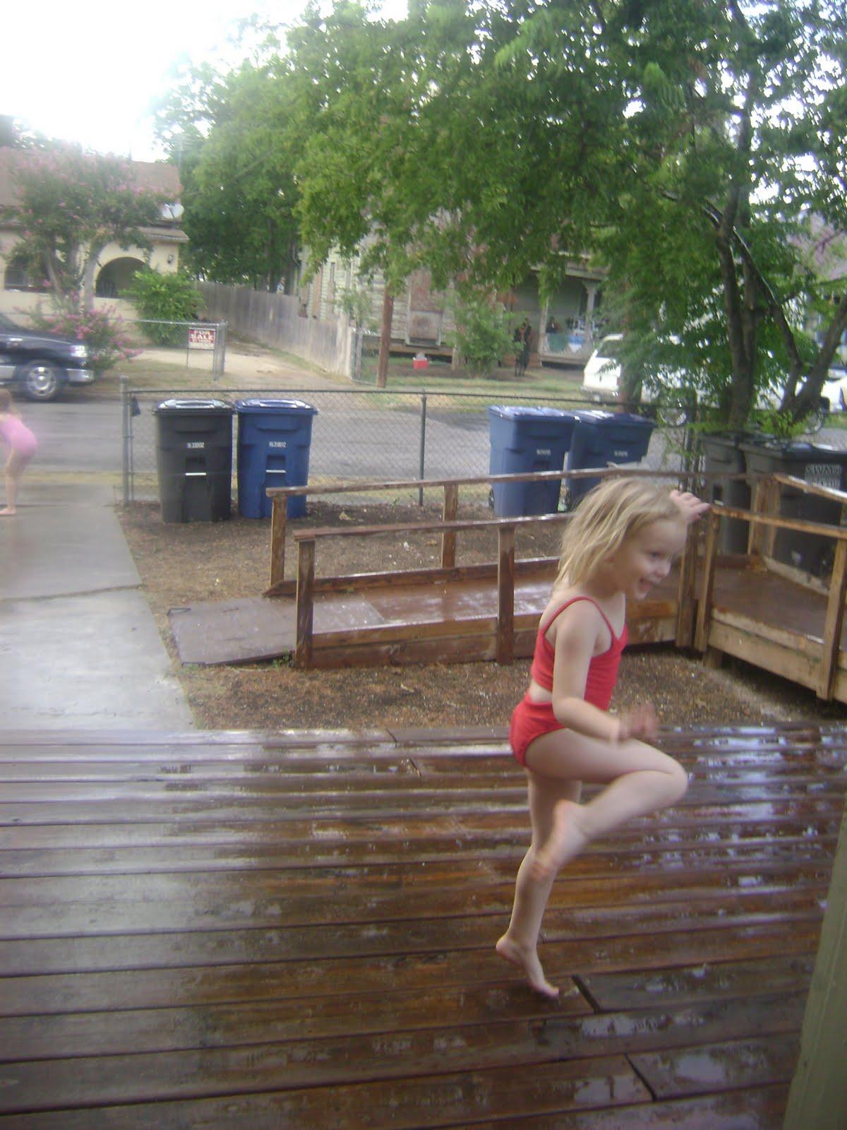 Tiny girls pissing in public