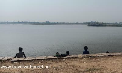 जगत सागर तालाब - Jagat Sagar Talab and Bihari ju Temple Chhatarpur