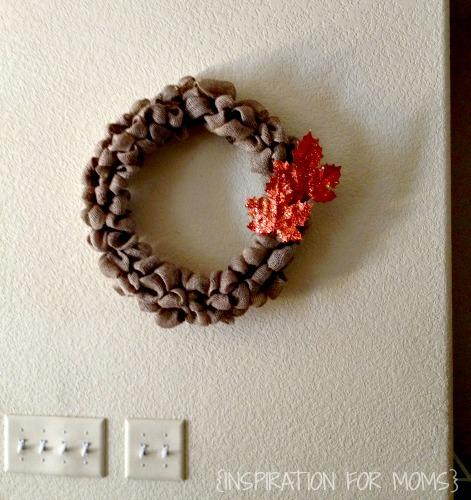 Easy Burlap Wreath Tutorial