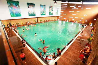 Bể bơi bốn mùa Tuta Fitness