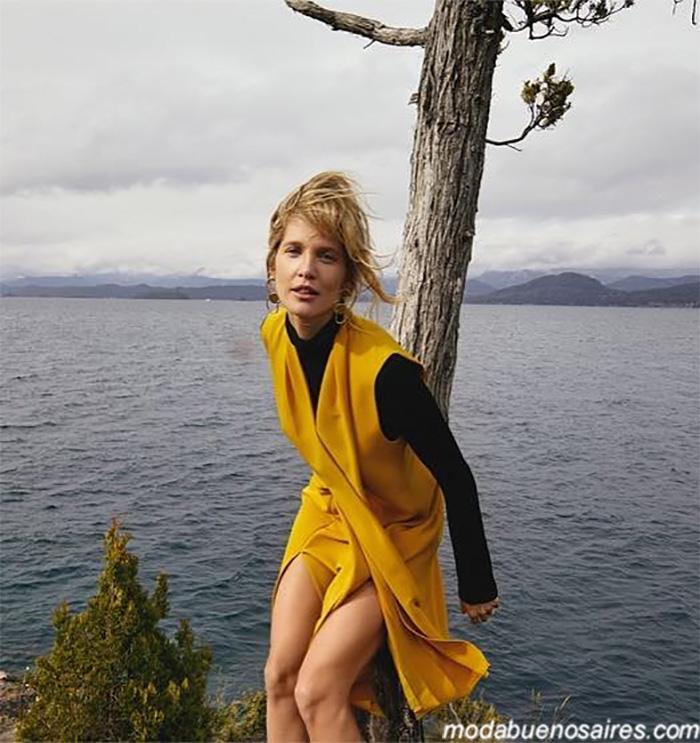 MODA INVIERNO 2019: CASUAL URBANO BY CALANDRA. Sweaters, sacos, pantalones de muejr invierno 2019. Campaña con Liz Solari.
