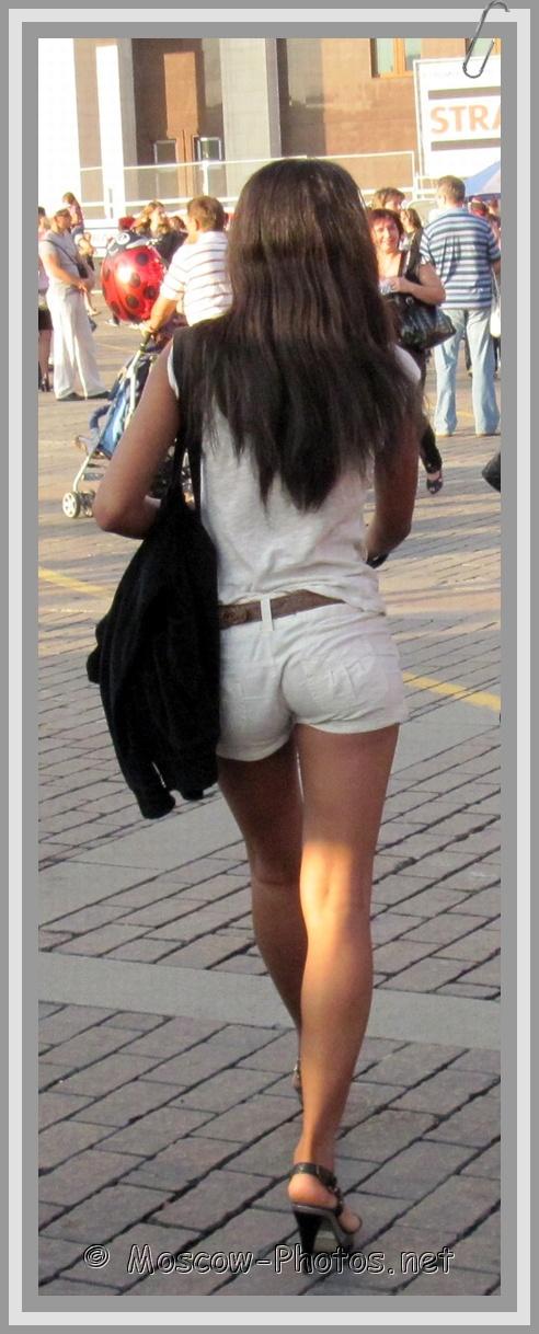 Moscow Girls Summer Street Fashion