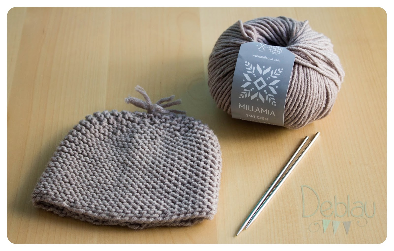 Deblau: Gorros tejidos para recién nacidos