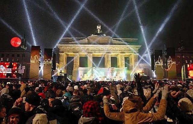 Cor da roupa no Ano Novo em Berlim