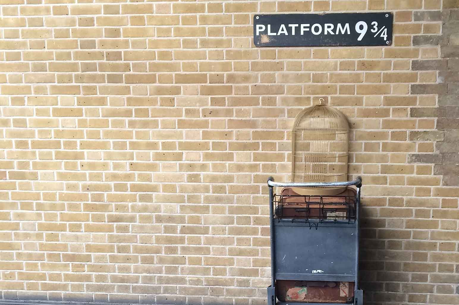 9 Harry Potter Destinations You Can Visit In Real Life - Platform 9¾