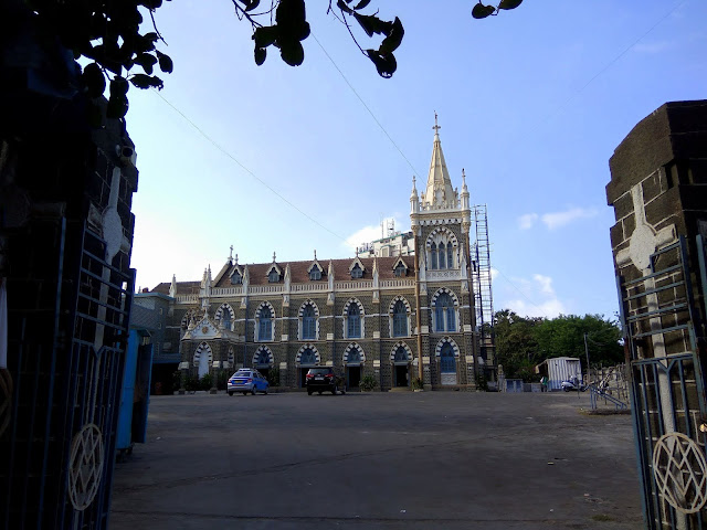 mount mary church, bandra, history, heritage, blue sky, clouds, street, mumbai, incredible india, skywatch