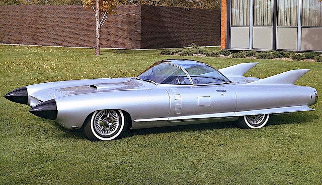 a 1959 Cadillac Cyclone concept car, color photograph