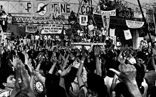 EDSA-People-Power-1