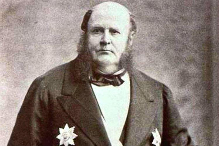 Mayer Rothschild nadir madeni paraları toplayarak soylu veya köklü müşterilere satıyordu.