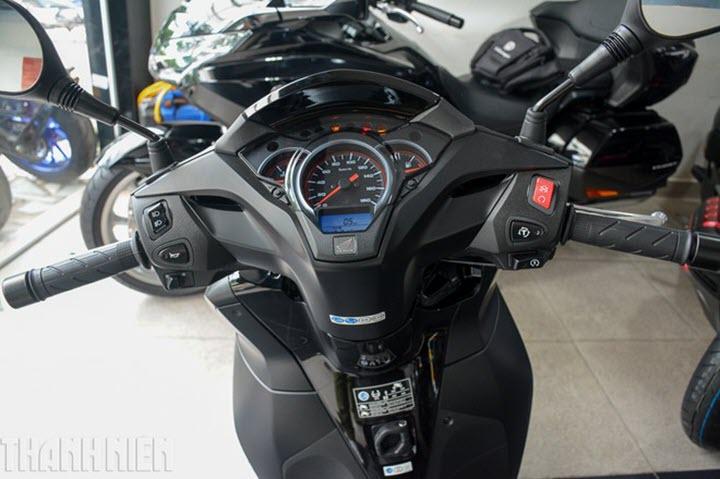 Honda SH300i 2020 phiên bản Total Black đầu tiên về Việt Nam