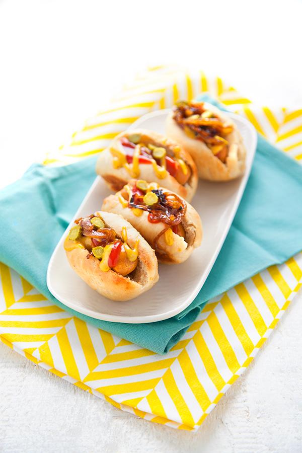 mini hot dogs vegan 100 v g tal cuisine vegan. Black Bedroom Furniture Sets. Home Design Ideas