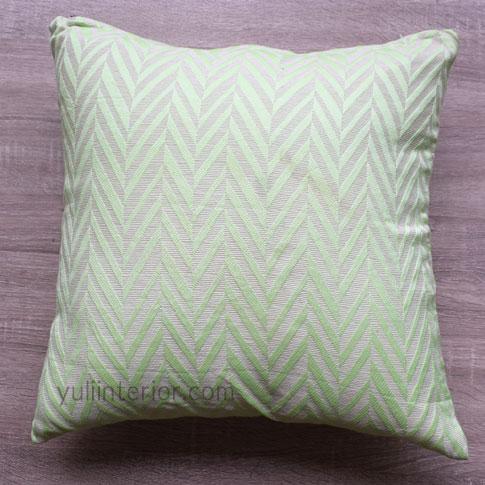 Lemon Green Chevron Pattern Accent Throw Pillows in Port Harcourt, Nigeria