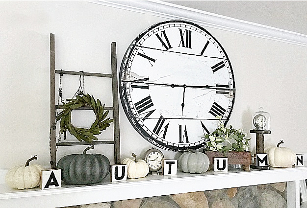 fall mantel with ladder