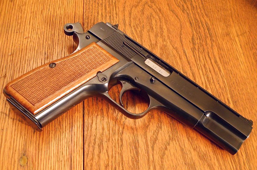 The Houndstooth Kid Firearms The Browning Hi Power Via
