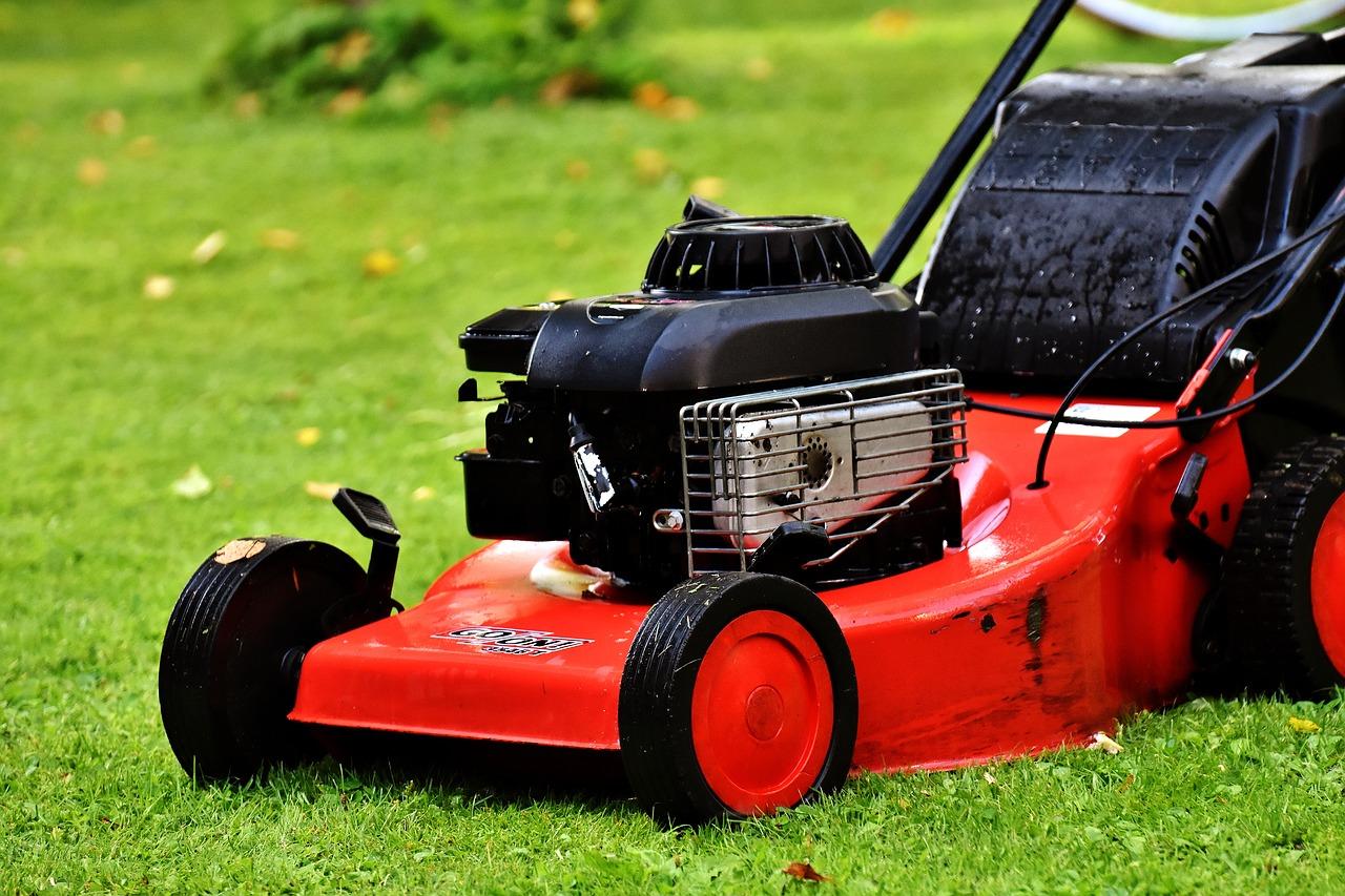 Spare Lawn Mower Blades
