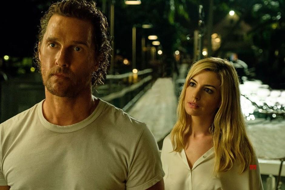 "Matthew McConaughey e Anne Hathaway no enigmático trailer do suspense ""Serenity"""