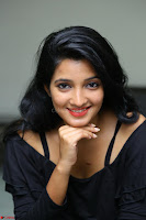 Deepthi Shetty looks super cute in off shoulder top and jeans ~  Exclusive 18.JPG