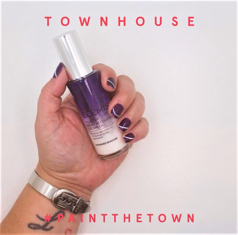 Townhouse Nailfie