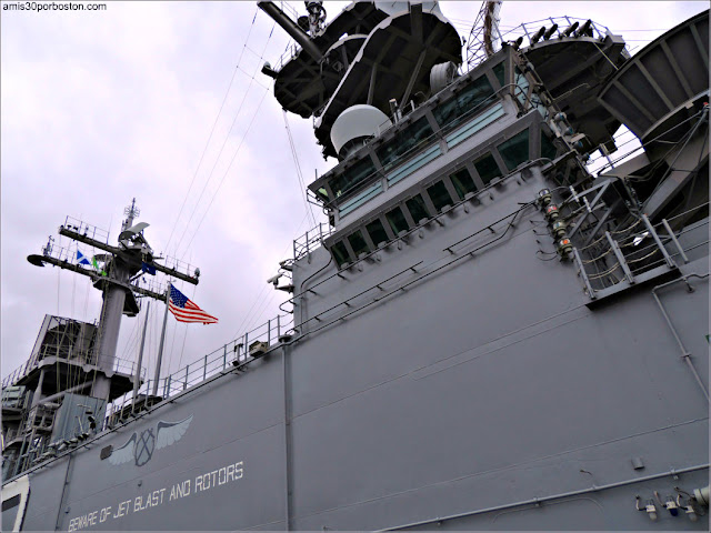 Exterior de uno de los Barcos Militares durante la Fleet Week de Nueva York