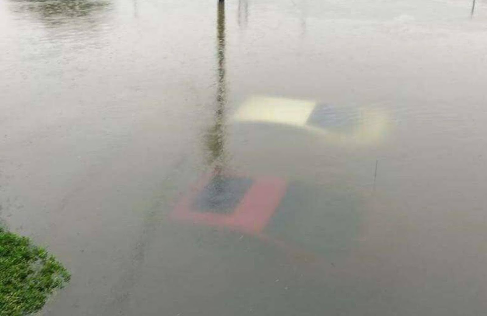Texas Flooding  Cars Underwater