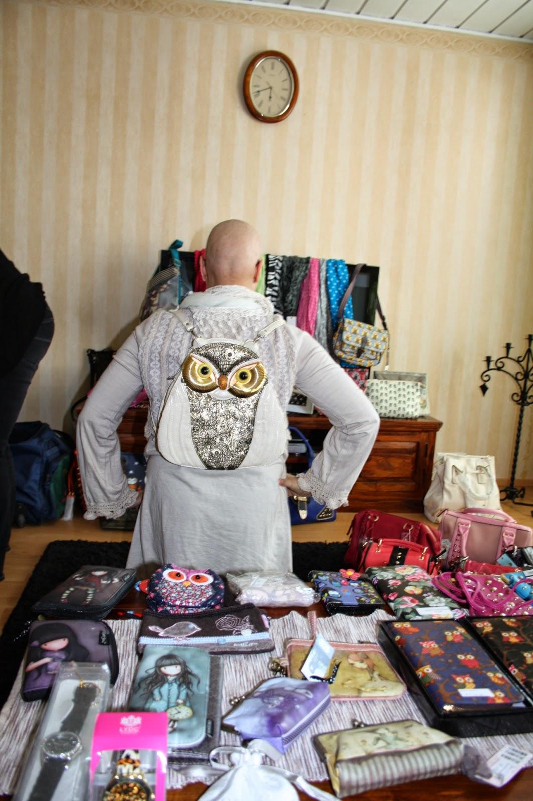Minkälainen Laukku Baariin : Bikken pilttuu modelife laukku kutsut