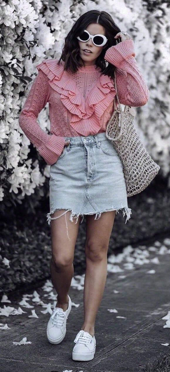 cute outfit idea / pink ruffle top + bag + denim skirt + sneakers