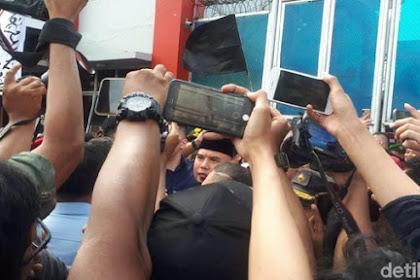 Bebas! Ahmad Dhani Keluar dari Rutan Cipinang
