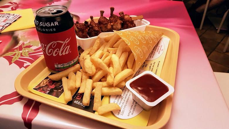 薯條博物館內餐廳的經典餐點-薯條與可樂