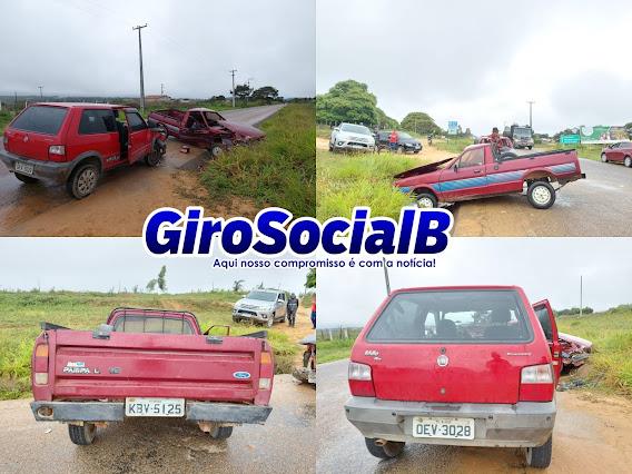 Acidente  com dois veículos envolvendo 10 pessoas, deixa 4 gravemente feridas nesta manhã de segunda-feira(12) na estrada que liga Buíque ao Catimbau