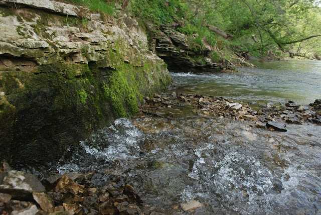 karst geology southeast Minnesota water spring groundwater surfacewater