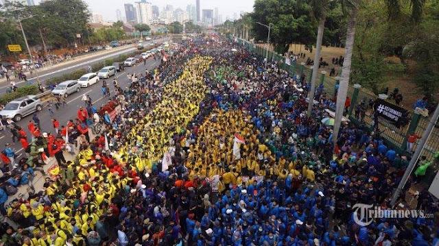 Wiranto Sebut Demo Mahasiswa Tak Relevan dan Buang Energi: Sebaiknya Disampaikan Lewat Dialog