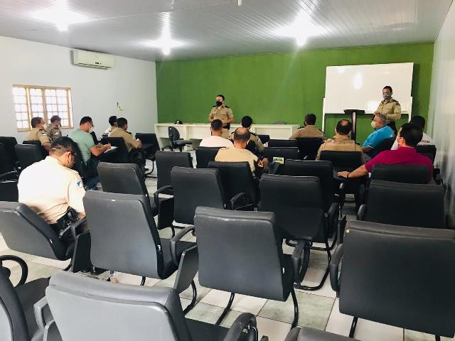 Comando do 9º BPM realiza reunião com militares da Unidade em Araguatins
