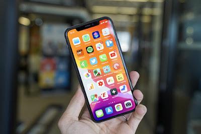 طريقة تنظيف هاتف ايفون iphone من الخارج 2020